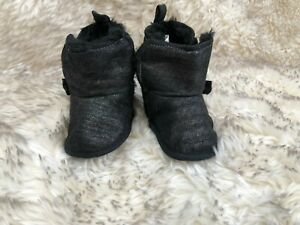BNWOT Laura Ashley sparkly black baby boots, faux fur lined – size 1