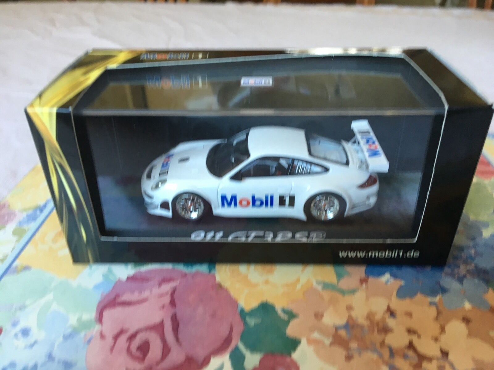 Minichamps Porsche 911 GT3 RSR, Mobil Car   1. Promotional Car In 1 43 scale