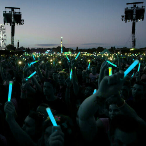 """Details about  /Blue Premium Large 6/"""" Long Thick Glow Sticks Neon Party Light Festival or Lures"""