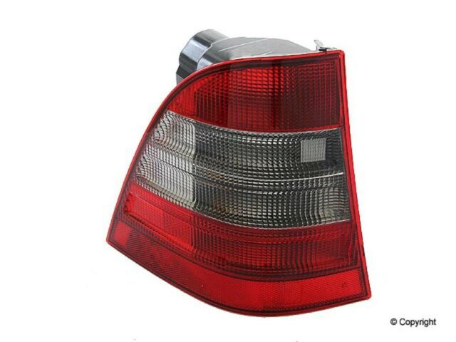 Tail Light Fits 1998