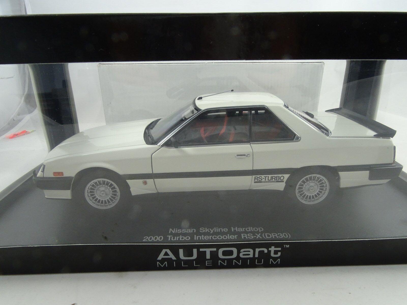 1 18 Autoart  77427 Nissan Skyline rigide 2000 Turbo Intercooler blanc RARE §
