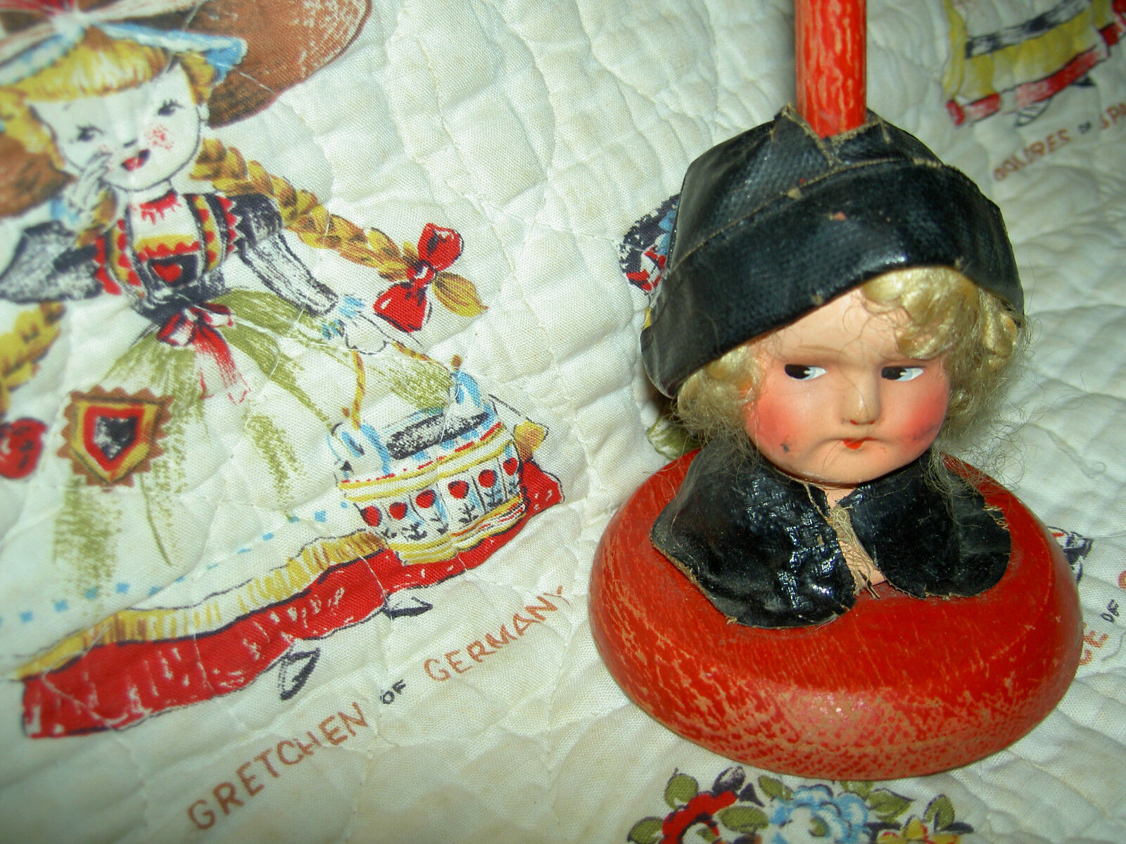 Adorable 1920s era German, Boudoir doll hat stand~original clothing & cloche hat