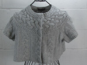 BCBG-Maxazaria-Gray-Cable-Knit-Short-Sleeve-Cropped-Sweater-Cardigan-100-Wool-M