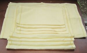 9-Piece-Set-Elegant-Edged-Yellow-4-Napkins-4-Placemats-1-Table-Runner