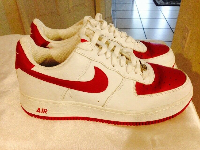 Nike Air Force One Lows 07 Red White Lace Up Uomo Size 9