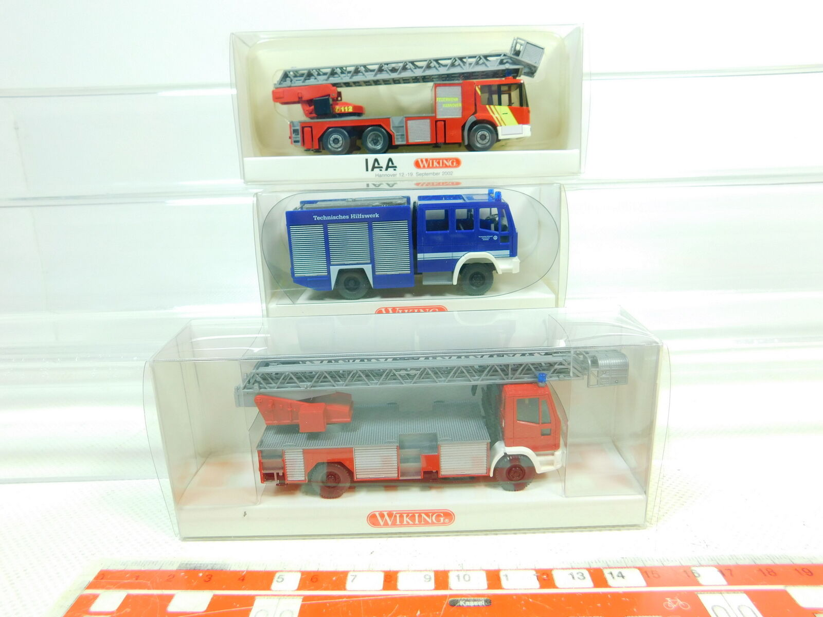 BT334-0, 5 x Wiking H0   1 87 Model  615 MB +619 Iveco Fw +693 THW, Nip