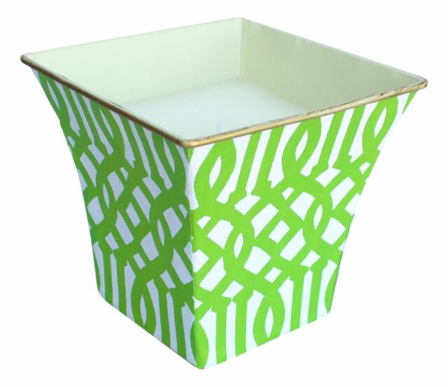 Hedge Farm Elegant Large Cache Pot Candle, Lime Green Fretwork, Blue Spa Scent