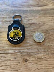 Vintage-Vauxhall-Astra-Key-Ring