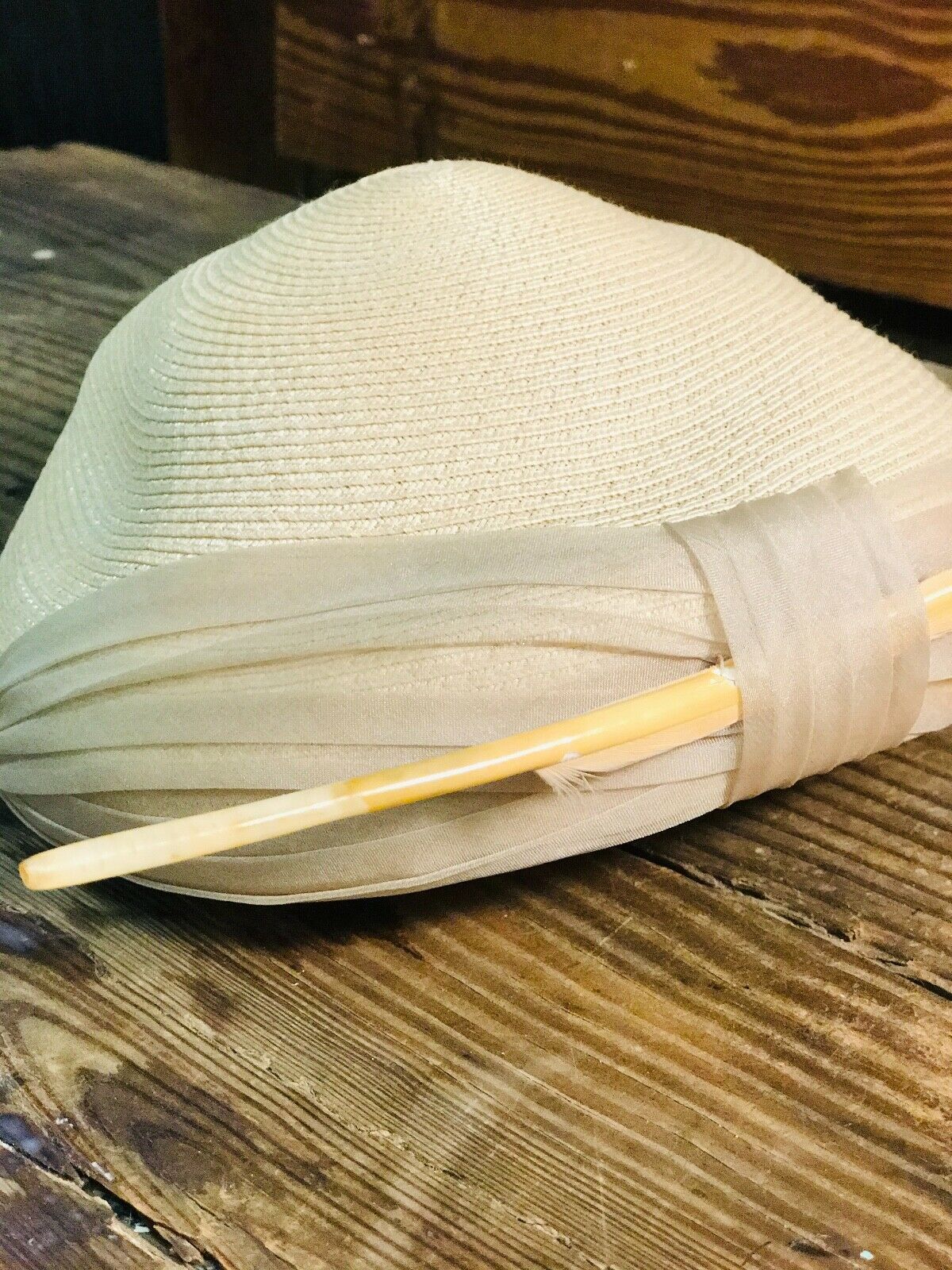 Vintage Womens Woven Wheat Straw Cap - image 3