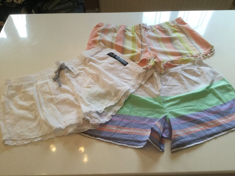 3 X Gap Bed Shorts