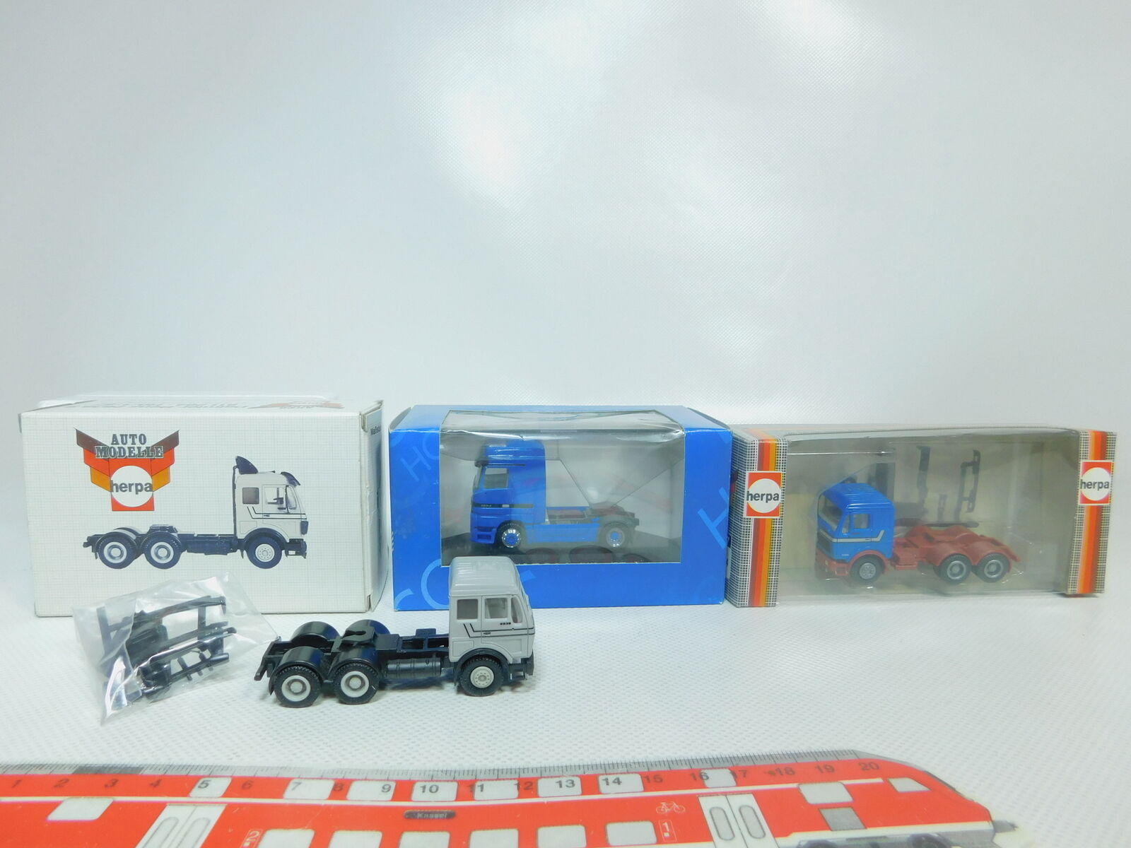 BO921-0,5 x Herpa H0   1 87 Tractor MB   Mercedes  811284+ 195447,Top +