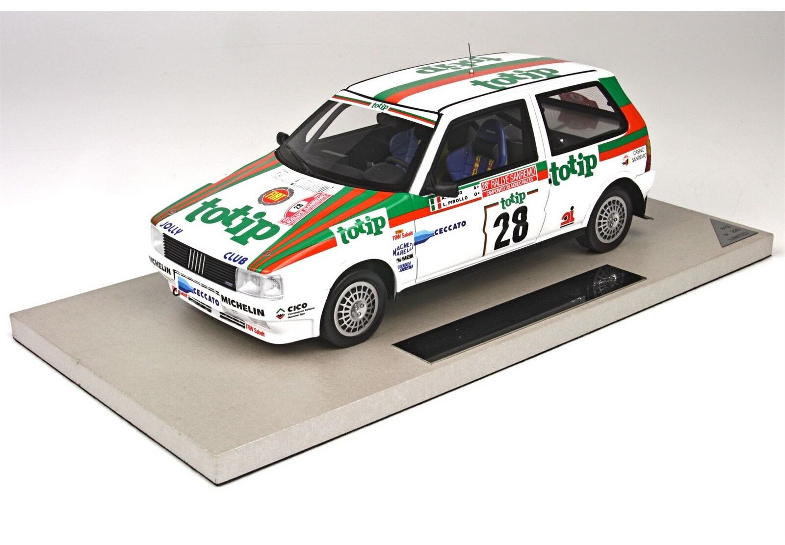 Sconto del 40% Fiat Fiat Fiat Uno Rtuttiy San Remo 1986 1 18 TOP07A lim.ed. 200 pcs BBR Top Marques  distribuzione globale