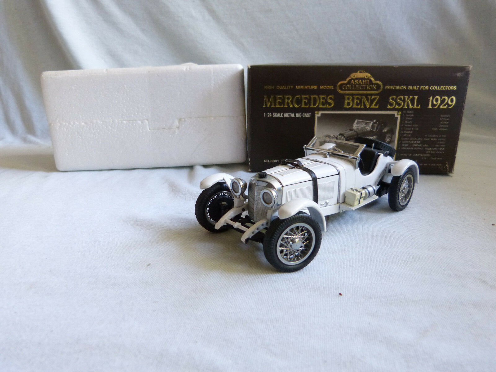 Asahi collection MERCEDES BENZ SSKL 1929 Modèle Voiture Model Car 1 24 Comme neuf IN BOX