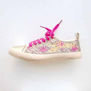 GIRLS-CREAM-amp-GOLD-LOW-TOP-TRAINER-FASHION-SHOES-PINK-LACES-BY-GUESS-SIZE-3-5