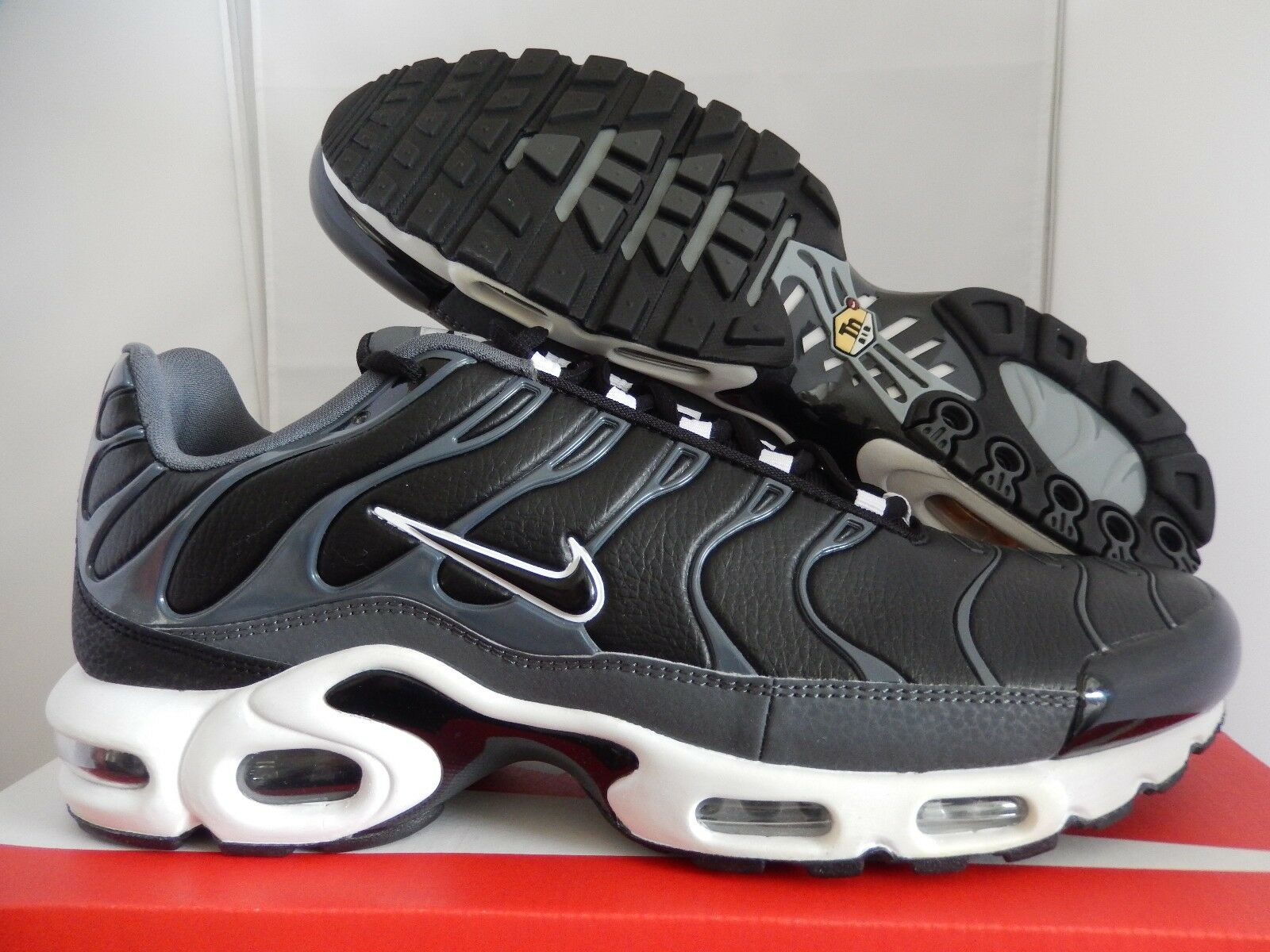 official photos de9fd 8272e durable service NIKE AIR MAX PLUS BLACK-DARK GREY-WHITE SZ 9  604133