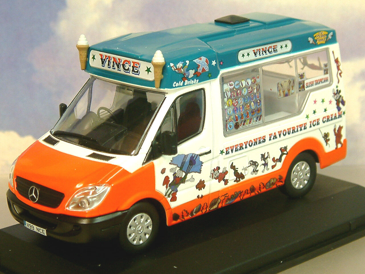 SUPERB OXFORD DIECAST 1 43 MERCEDES WHITBY MONDIAL ICE CREAM VINCE'S ICES WM005