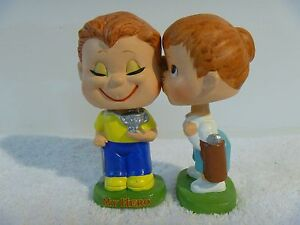 Vintage 1960 S My Hero Kissing Boy And Girl Golf Toy Bobblehead