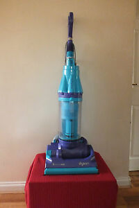 Dyson Dc07 Allergy Blue Bagless Vacuum Cleaner Nl Ebay