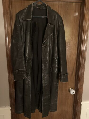 German WWII Heavy Winter Leather Trenchcoat. Size