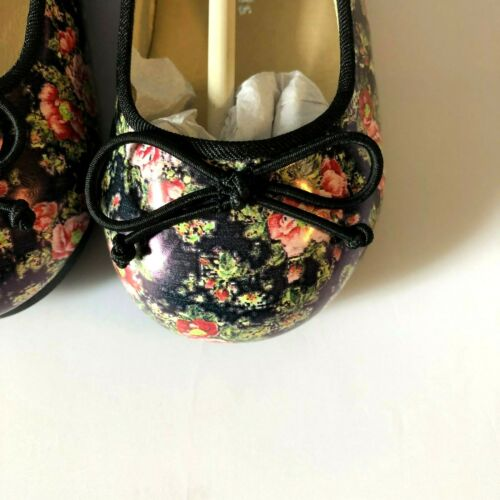Details about  /NWT Mooney Kids Beautiful Toddler Girls Blue//BLK Print Floral Ballerina Shoes