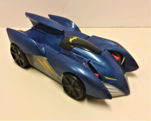 Mattel DC Comics Batman 2-in-1 Transform and Attack BATMOBILE Vehicle