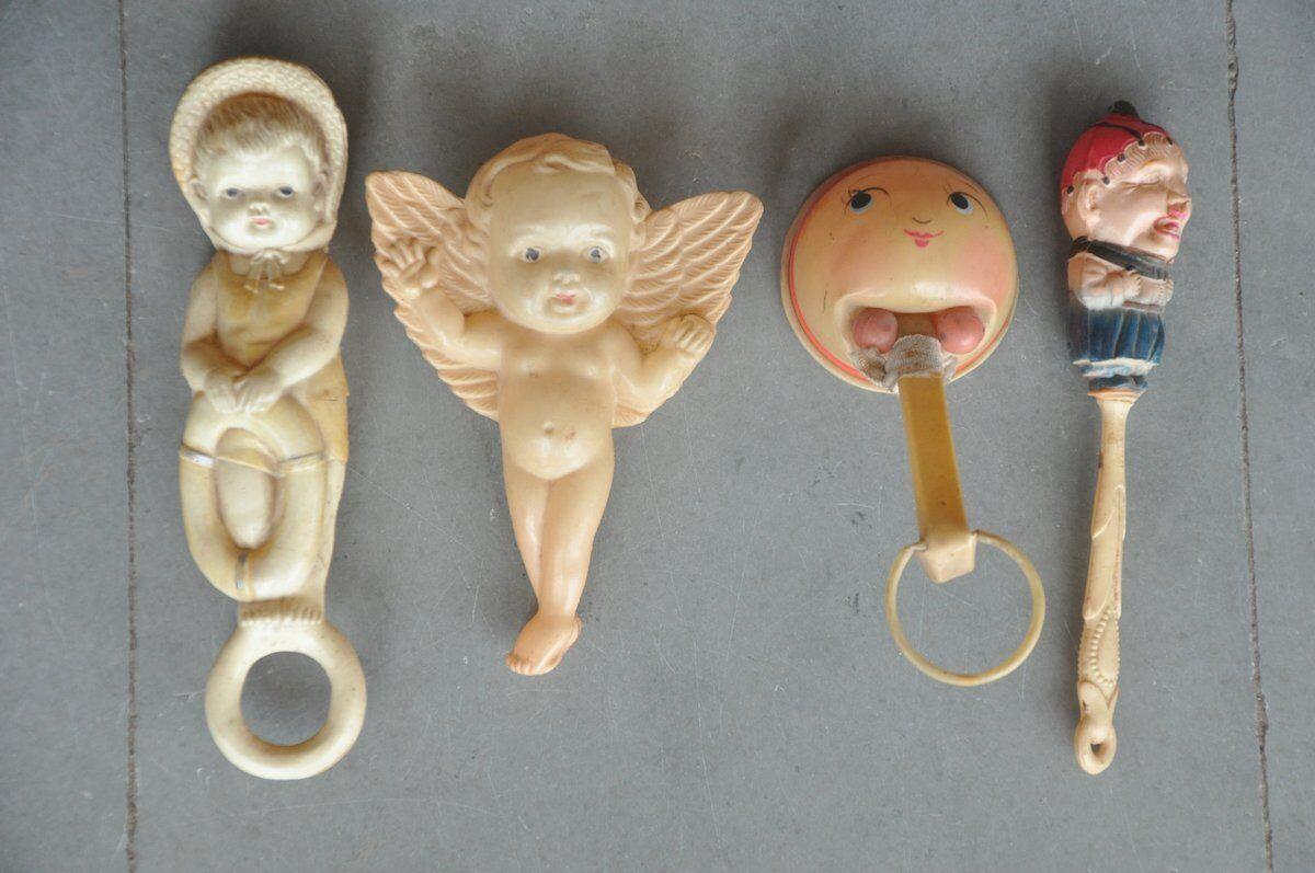 4 Pc årgång Olika färglösa Celluloid bebis Rattle Leksaker, japan
