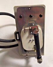 NIKON HBO 100 FLUORESCENCE LAMP SOCKET FOR NIKON MICROSCOPES - OLD STYLE