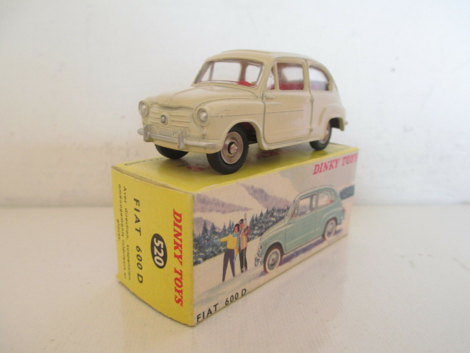 FRENCH DINKY 520 FIAT 600D MIB 9 EN BOITE UNCOMMON ISSUE VERY NICE L@@K