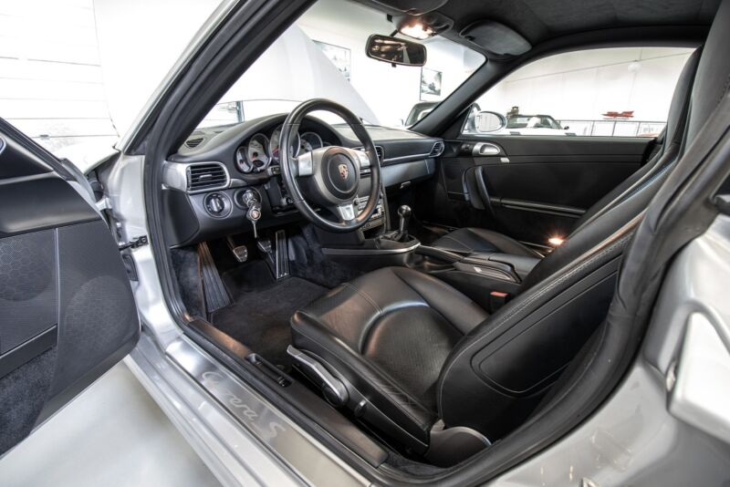 Porsche 911 Carrera S Coupé - 15