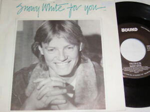 7-034-Snowy-White-For-you-amp-Straight-on-ahead-1985-Dutch-2336