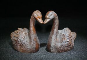 Chinese-Decor-Boxwood-handwork-carved-pair-of-swans-happy-Statue-noble-figurine