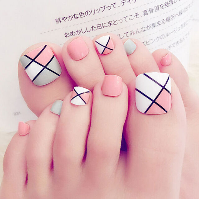 24pcs Foot False Nail Tips Cute Fake Toes Nails With Glue Toe Art