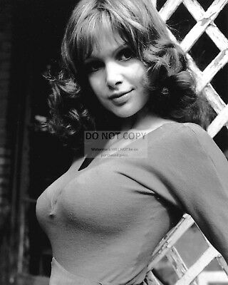 8X10 PUBLICITY PHOTO OP-492 MADELINE SMITH BRITISH ACTRESS
