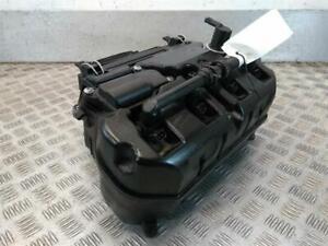 BMW-S-1000-RR-2010-gt-Air-Box
