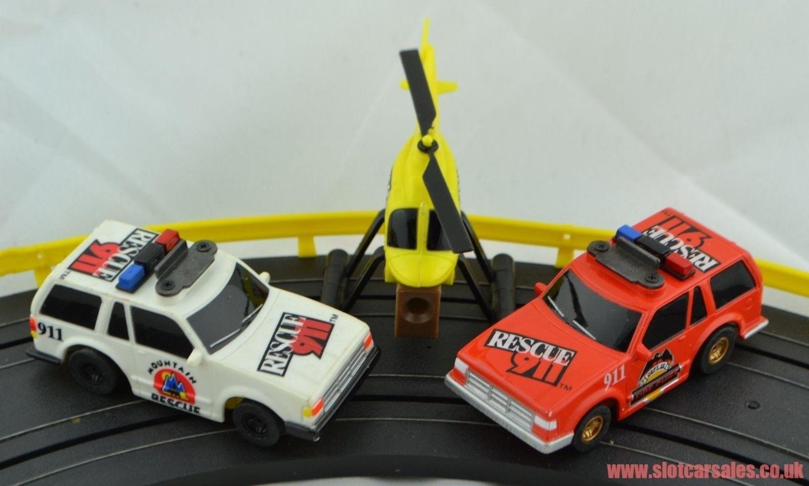 Conjunto muy raro MR-1 Marchon sólo coches y helicóptero 2 Ford exploradores 911 rescate
