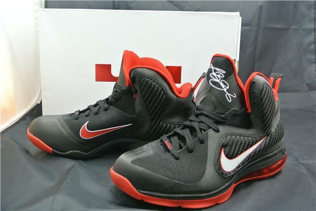NIKE LEBRON 9 TRAINERS SIZE 8 UK BLACK WHITE RED BASKET BALL SHOES AIR MAX