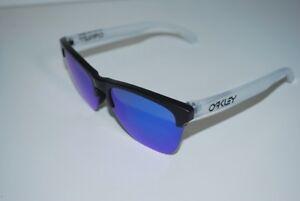 6e7d0ef2715 Image is loading Oakley-Frogskins-Lite-Sunglasses-OO9374-0263-Matte-Black-