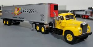 1-64-VINTAGE-B-MODEL-MACK-CAMPBELL-AND-TRAILER-DIECAST-MADE-BY-FIRST-GEAR-IN-BOX