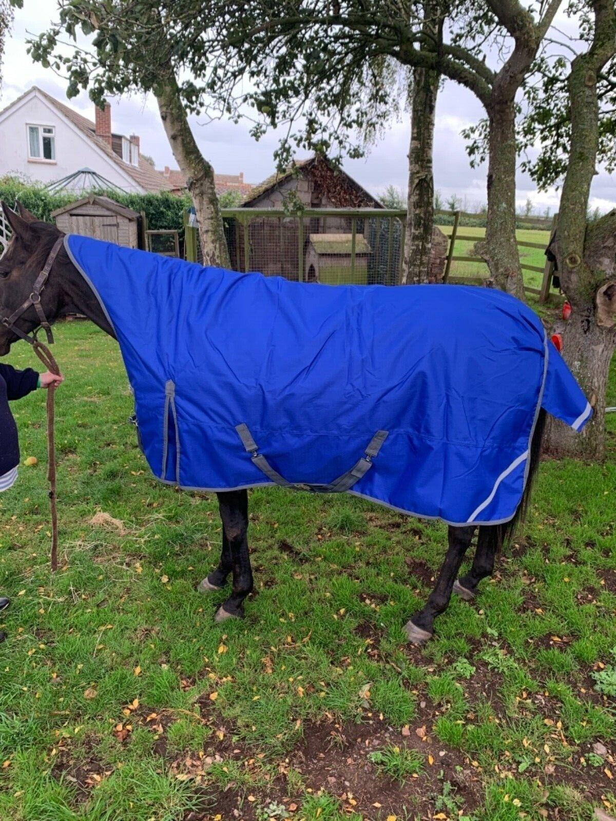 Horse rug half   high neck turnout- 1200 denier 200gram fill 5'0