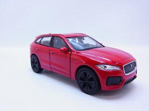 47749-Welly-Jaguar-F-Pace-X761-ab-2016-Modellauto-PKW-rot-1-42-1-43-NEU