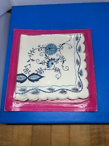 Vintage-Danube-Blue-And-White-Paper-Napkins-NOS