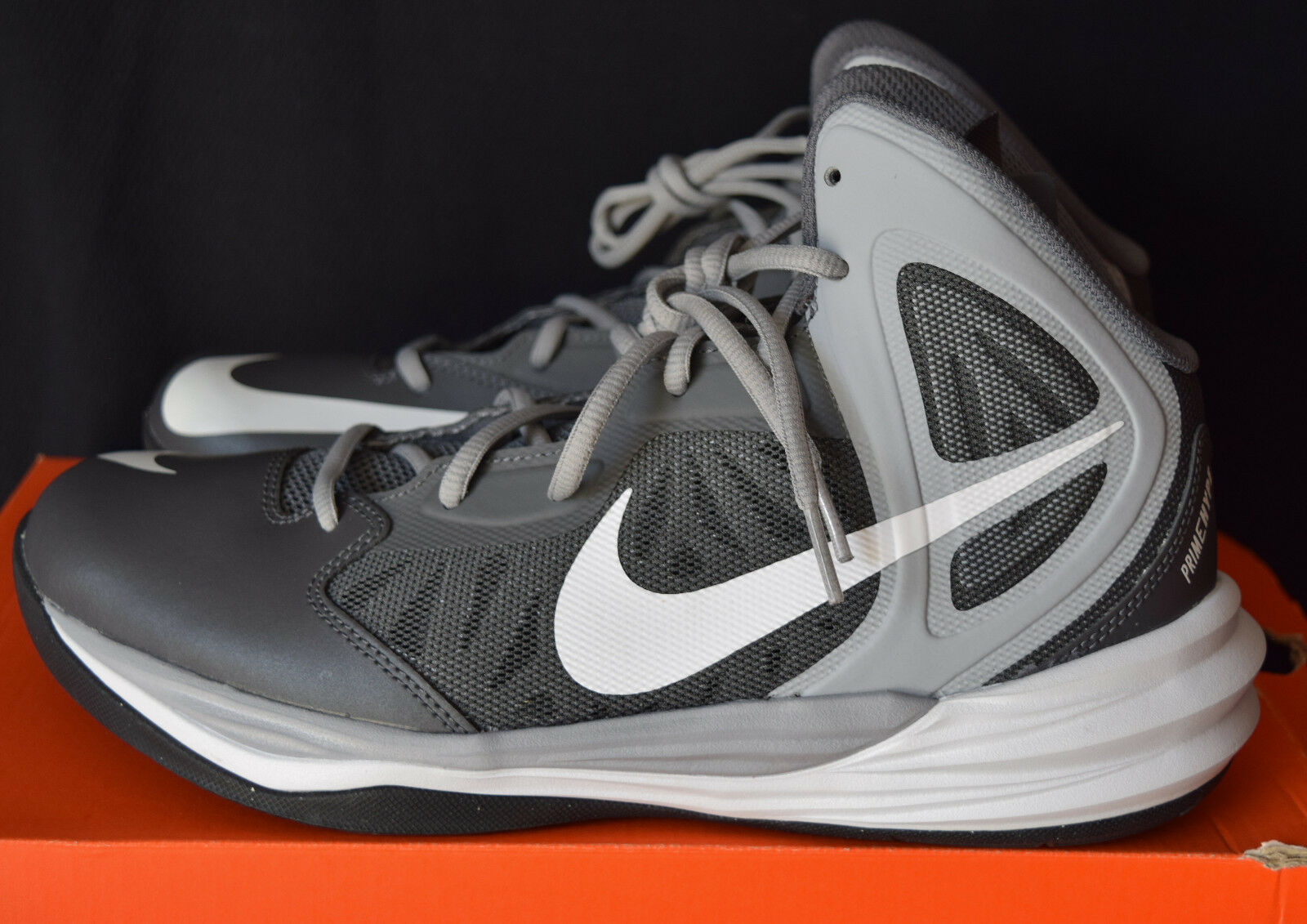 New In Box Nike Prime Hype DF Mens 10 Basketball Shoes Slate, Grey, White