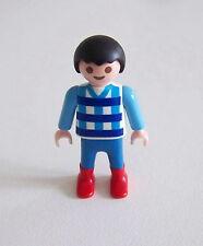 PLAYMOBIL (3116) ENFANT MODERNE - Garçon Pull Blanc à Motif Pantalon Bleu Bottes