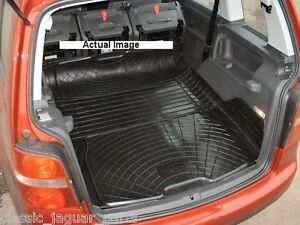 vw touran rubber boot mat liner options and bumper protector ebay. Black Bedroom Furniture Sets. Home Design Ideas