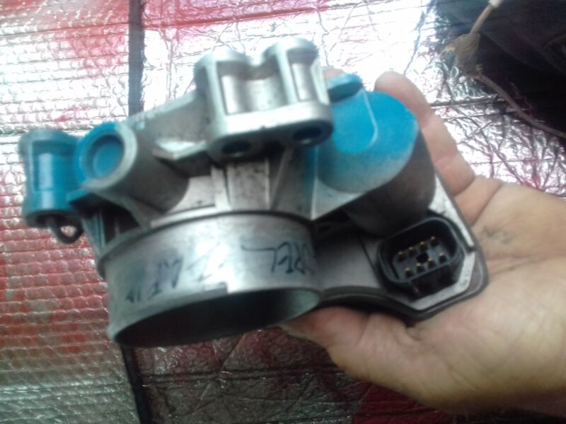 2004/10 2,2 OPEL throttle body
