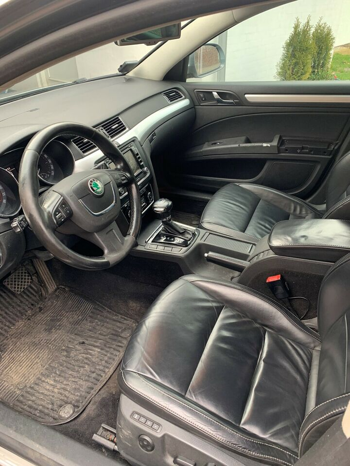 Skoda Superb, 2,0 TDi 170 Ambition Combi DSG, Diesel