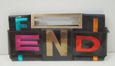FENDI marrone in pelle in vernice NEON LUMINOSO METALLICO Parole Crociate sera CLUTCH BAG