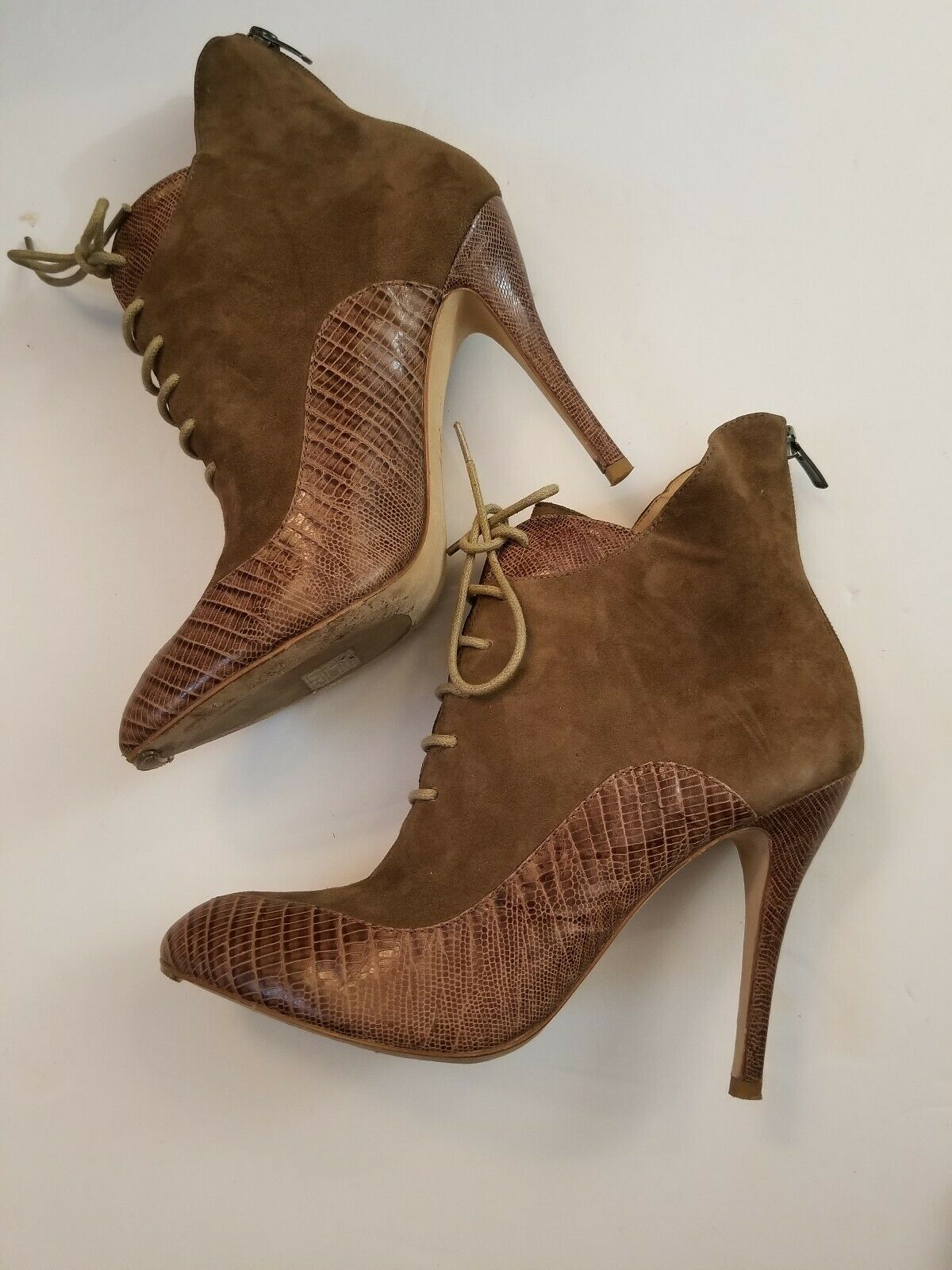 ASK ALICE TIA BOOTIE LIGHT BROWN SUEDE LEATHER ANKLE HEELS WOMENS Sz 38.5 US 8.5