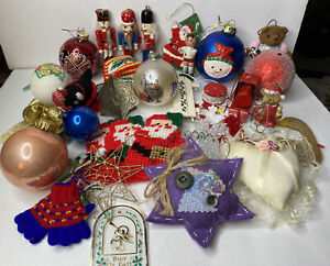30 Vintage Christmas Ornaments Assorted Junk Drawer Holiday Ornament Lot