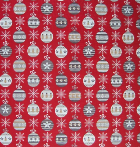 Christmas Festive Fabric by Metre /& Fat Quarter Festive BAUBLES on RED Cotton